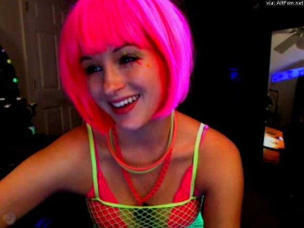 Aly_Darling Rave Cam