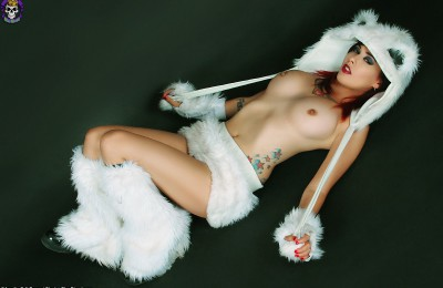 BlueBlood: Chill Out with Scarlet Starr as a Sexy Polar Bear
