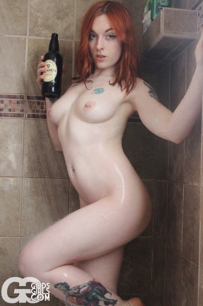 GodsGirls: Conner St. Patrick's Day Sensual Shower