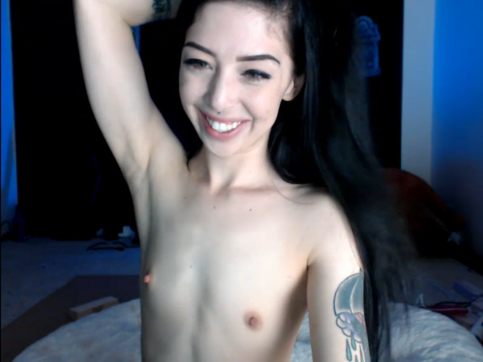 HarloweBlue Showcases Her Astounding Booty