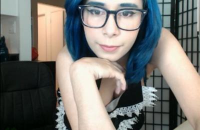 Senrii And Her Sexy Apron Make You Gasp