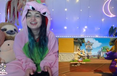 LilKittenLuna Is A Cute Gamer